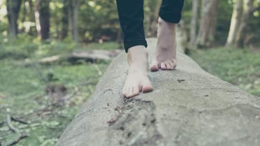 Почему трескаются пятки и как это лечить