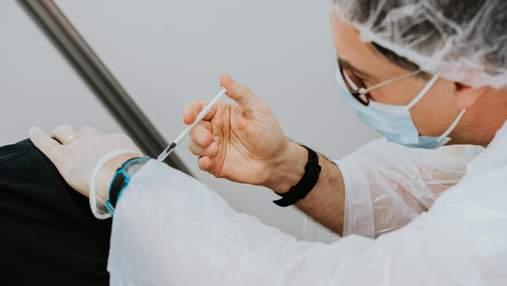 Черговий рекорд вакцинованих: скільки всього українців щеплених проти COVID-19