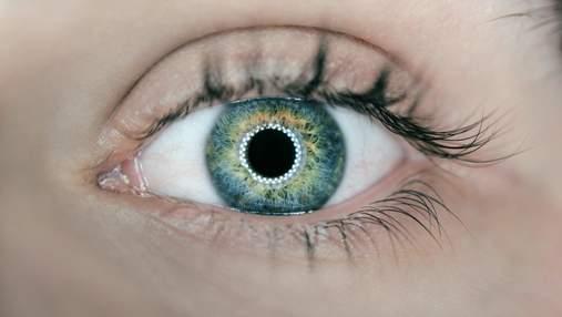 Незвичайне ускладнення коронавірусу: чоловік ледь не втратив зір
