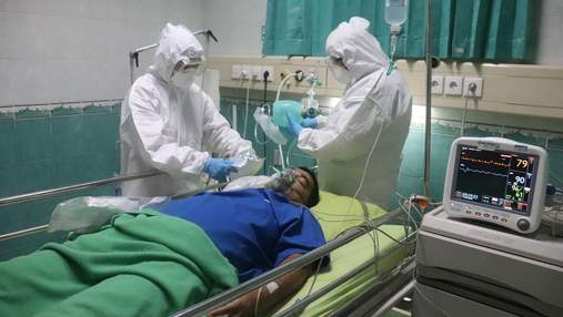 Наскільки вища смертність від коронавірусу у людей з групи ризику