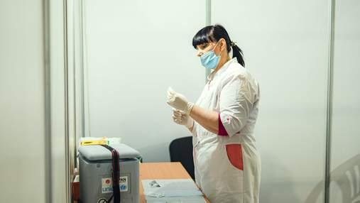 Вакцину против гриппа и COVID-19 можно делать в один день, – Лапий