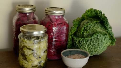 Готовимся к зиме: чем полезны квашеные овощи и фрукты