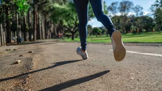 Щоб уникнути болю в колінах: 3 вправи на розтяжку, які завжди варто робити після пробіжки
